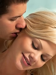 Riley Steele and her lover offer us a spectacular scene: they both are handsome, passionate and hungry for love.
